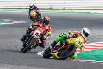 Il trofeo dedicato alle Moto Guzzi V7 III si chiude con un'altra gara combattutissima