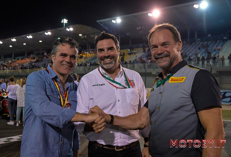 Roberto RIghi (Pirelli), Marc Saurina (Dorna) e Giorgio Barbier (Pirelli)