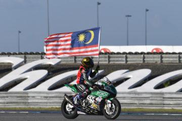 Il pilota BMW Azlan Shah Kamaruzaman vince il titolo Asia Road Racing