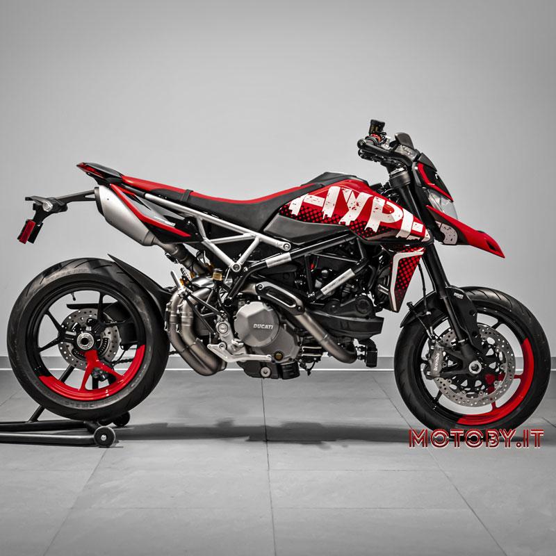 Join Ducati Hypermotard