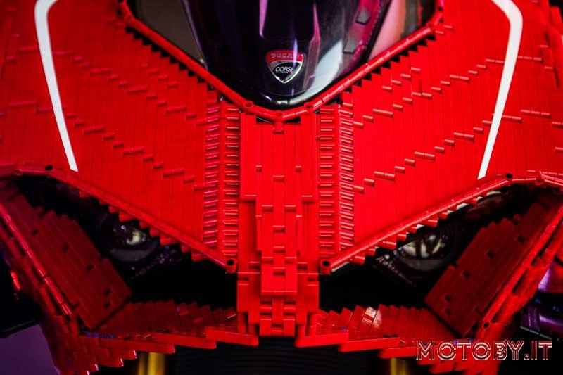Ducati Panigale V4 Lego Technic 1:1