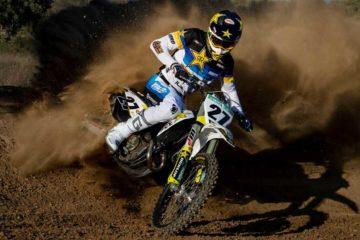 Il team Rockstar Energy Husqvarna Factory racing prolunga con Arminas Jasikonis