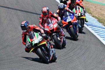 A Jerez Bradley Smith porta i primi punti Aprilia in MotoGP