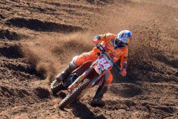 Motocross: i piloti Pirelli continuano a vincere