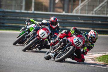 Moto Guzzi Fast Endurance: bagarre e divertimento a Magione