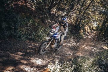 Renato Zocchi vince la Alps Tourist Trophy International in sella alla Honda CB500X