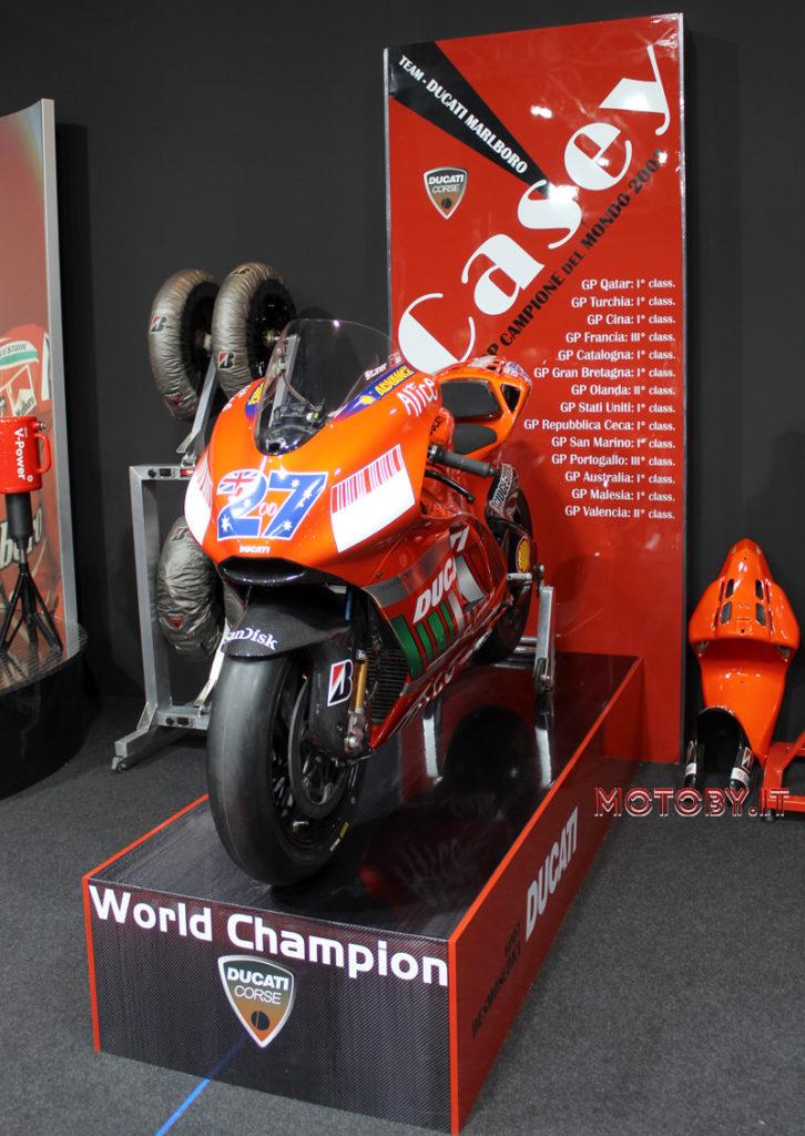 Ducati Stoner MotoGP2007