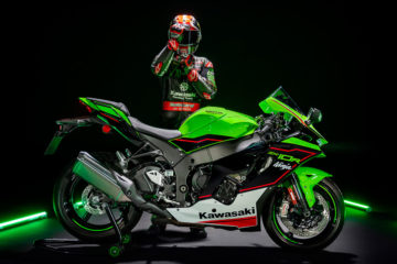 Nuove Ninja ZX-10R e ZX-10RR: Kawasaki cambia volto alla Superbike