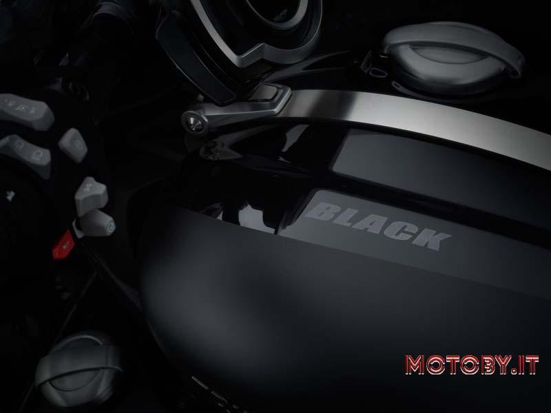 Triumph Rocket 3 R Black