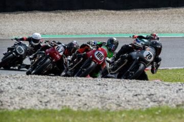 Via al 3° Moto Guzzi Fast Endurance European Cup