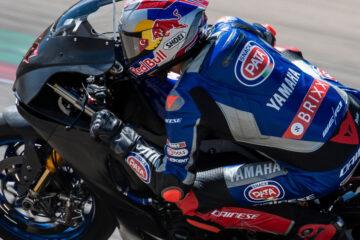 Il team Pata Yamaha Brixx WorldSBK concentrato per Aragon