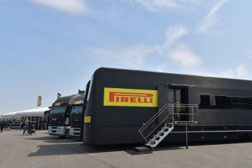 Soluzione da bagnato Pirelli per SBK e Yamaha R3 bLU cRU