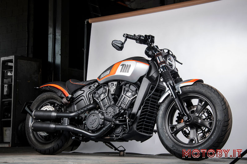 Indian Scout Bobber Sixty Limited Edition NEON Series