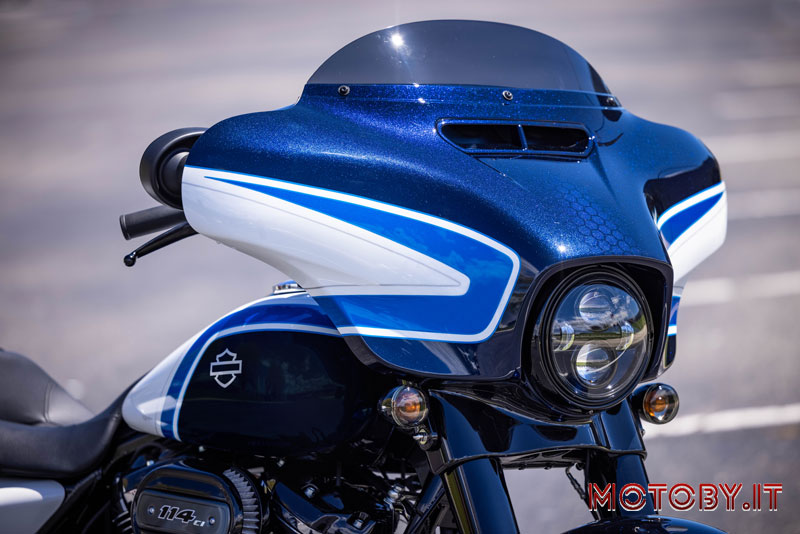 H-D Street Glide Special Arctic Blast Limited Edition